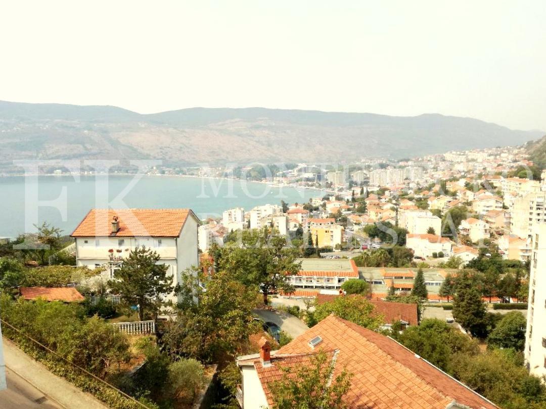 Если есть недвижимость в черногории внж